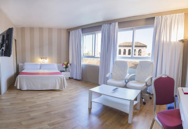 Apartamentos Tribunal, Madrid, Standard Double Room, Room