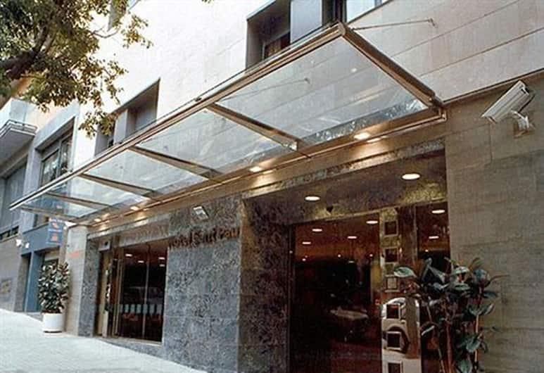 Hotel Amrey Sant Pau, Barcelona, Ingang van hotel