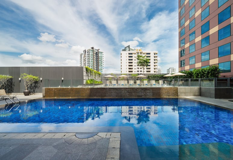 Grand Mercure Singapore Roxy, Singapore, Outdoor Pool