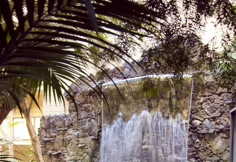 Crowne Plaza San Diego - Mission Valley, סן דייגו, אמבט ספא חיצוני