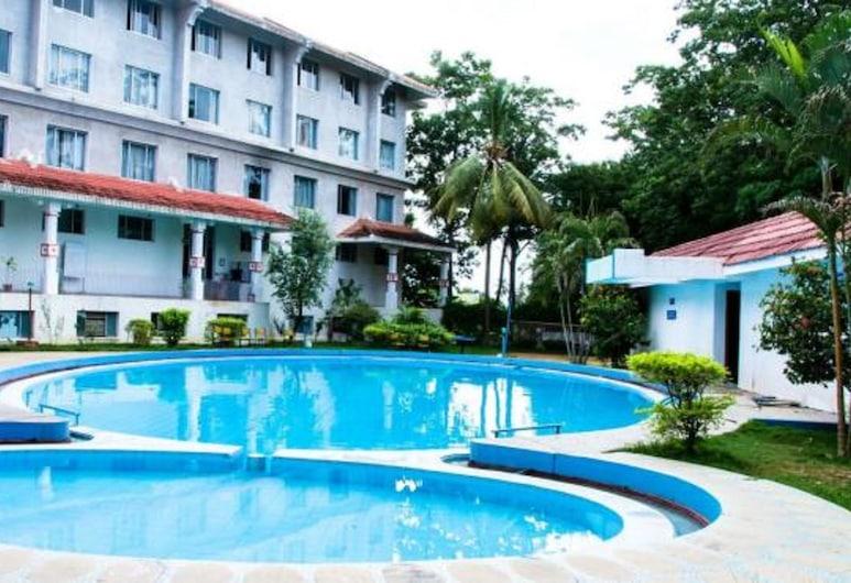 Ramee Guestline Hotel TIRUPATI, Tirupati, Outdoor Pool