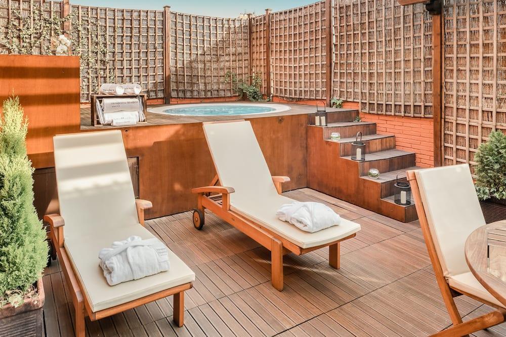 Regency, Executive Suite - Private spa tub
