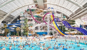 Picture of West Edmonton Mall Inn in Edmonton