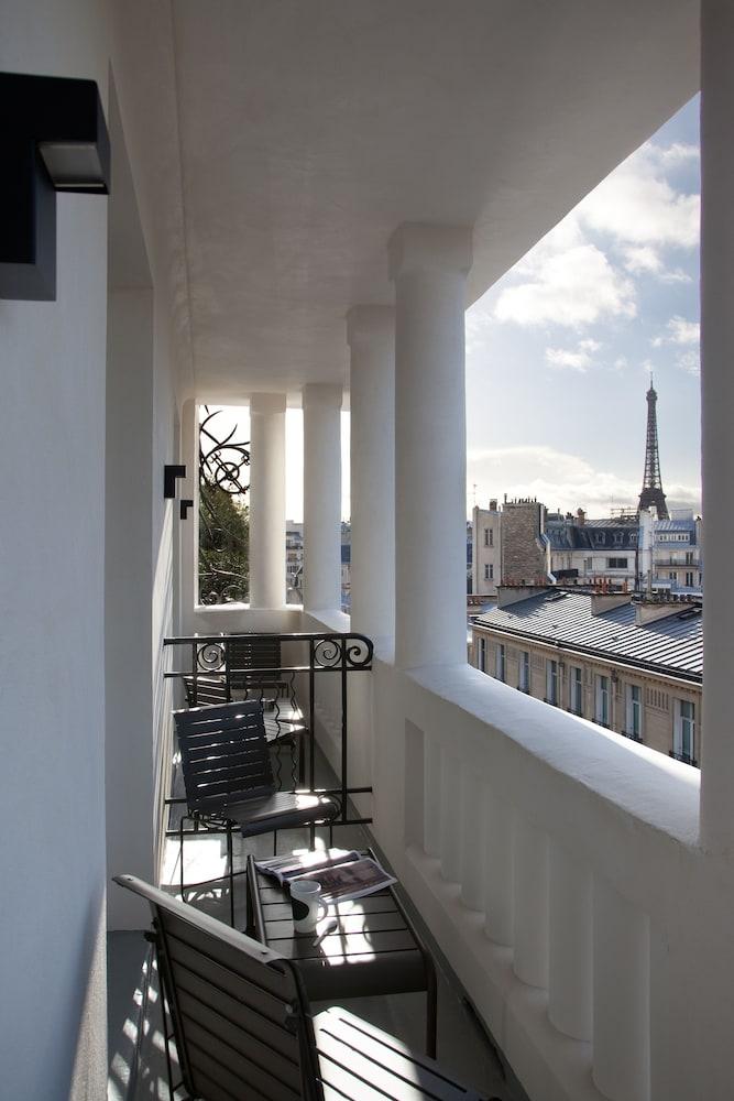 Hotel Le Belmont Paris - Champs Elysees - 4 star luxury