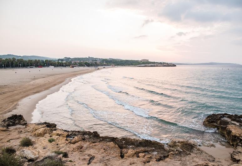 努里亞酒店, 塔拉戈納, 海灘