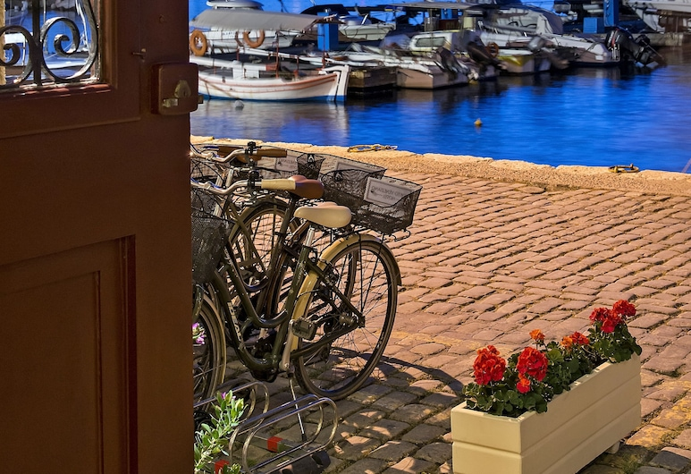 Porto Veneziano Hotel, Chania, Property Grounds