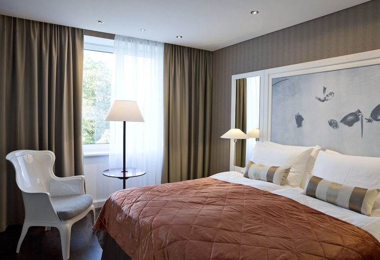 BW Premier Collection The Harmonie Vienna, Vienna, Comfort Room, 1 Double Bed, Non Smoking, Refrigerator, Guest Room