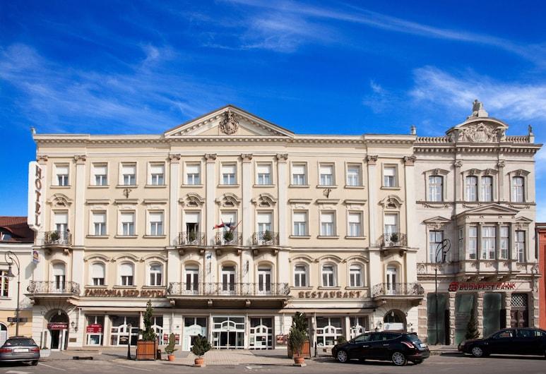 Pannonia Hotel, Sopron, Fachada del hotel