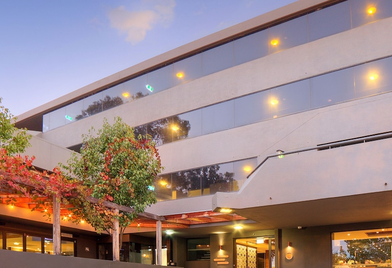 Townhouse Hotel, Wagga Wagga