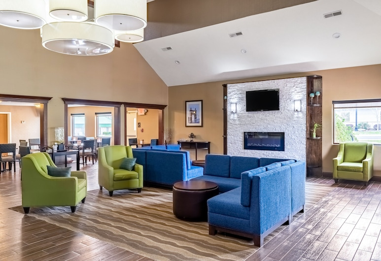 Comfort Inn & Suites Eastgate, Cincinnati, Sala de estar en el lobby