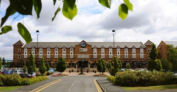Picture of Village Hotel Birmingham Dudley in Dudley