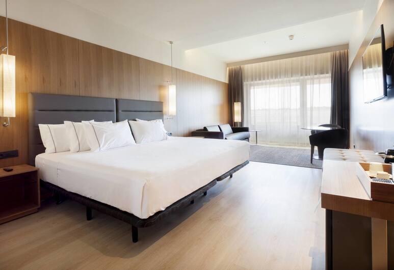 AC Hotel Diagonal L'Illa, Barcelona, Superior Room, 1 King Bed, Guest Room
