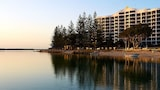 Reserve this hotel in Golden Beach, Queensland