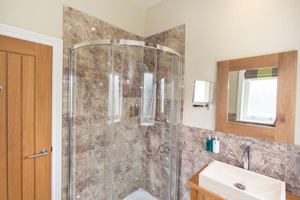 Small Double Room - Kúpeľňa