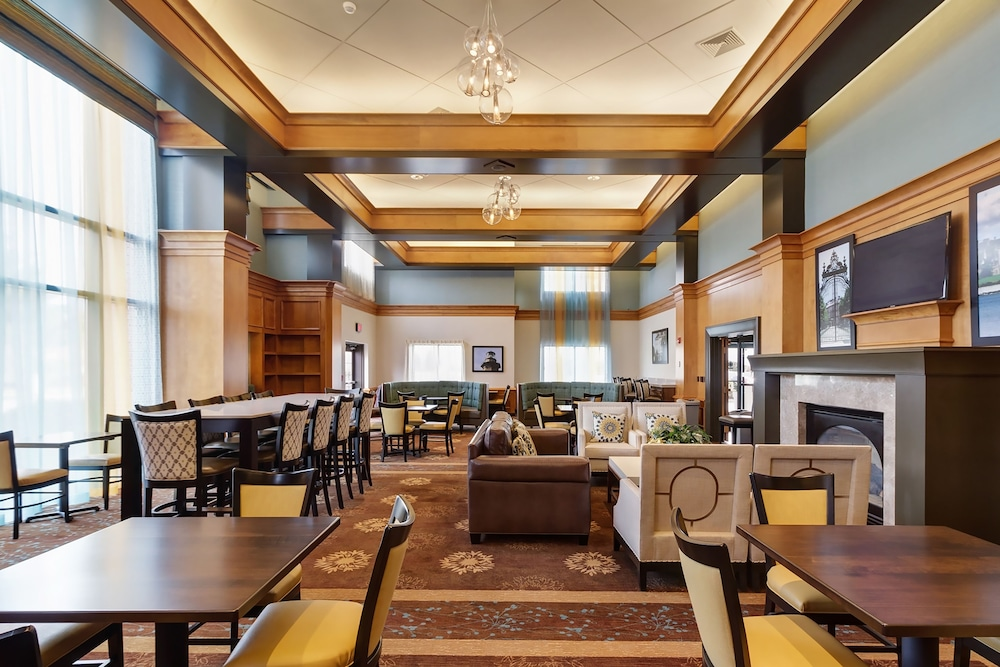 Holiday Inn Express Hotel & Suites Warwick-Providence (Arpt), Warwick