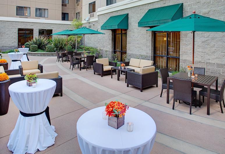 Courtyard by Marriott Sacramento Midtown, Sacramento, Lobby