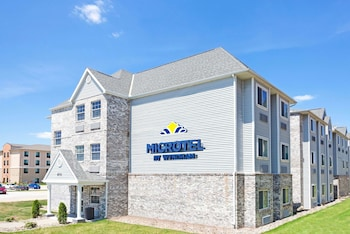 Picture of Microtel Inn & Suites by Wyndham Urbandale/Des Moines in Urbandale