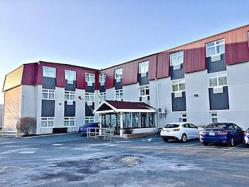 Picture of Coastal Inn Dartmouth in Dartmouth