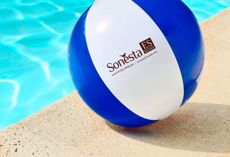 Sonesta ES Suites Auburn Hills Detroit, Auburn Hills, Outdoor Pool