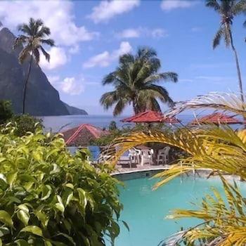 Φωτογραφία του Hummingbird Beach Resort, Soufriere