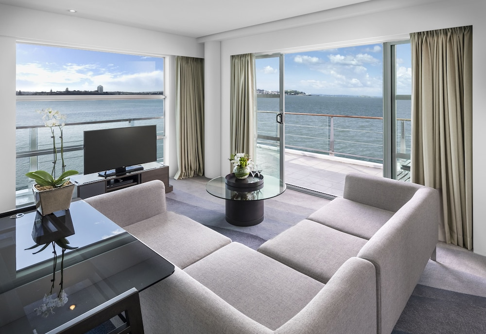 King Relaxation Suite - Hilton Auckland - 4