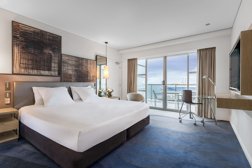 King Deluxe Harbour View - Hilton Auckland - 2