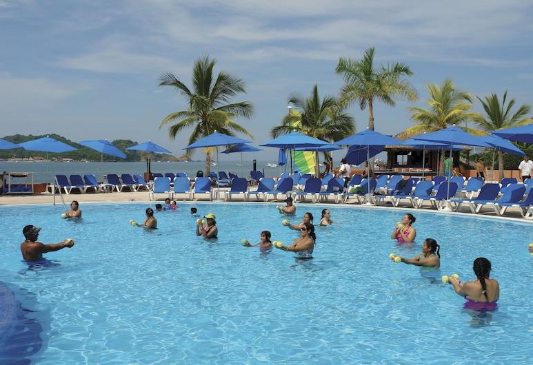 阿祖爾伊斯塔帕全包式海灘度假村及會議中心, 伊斯塔帕, 室外泳池