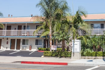 Picture of Travelodge by Wyndham Fullerton Near Anaheim in Fullerton