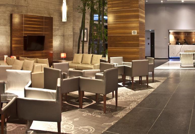 Casa Inn Premium Hotel Queretaro, Querétaro, Zona con asientos del vestíbulo