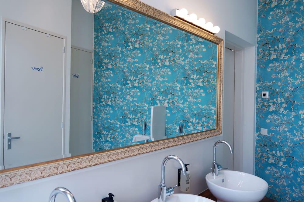 Single Capsule - 浴室