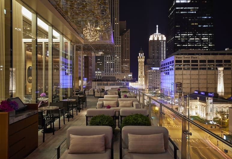 The Peninsula Chicago, Chicago, Hotel Bar