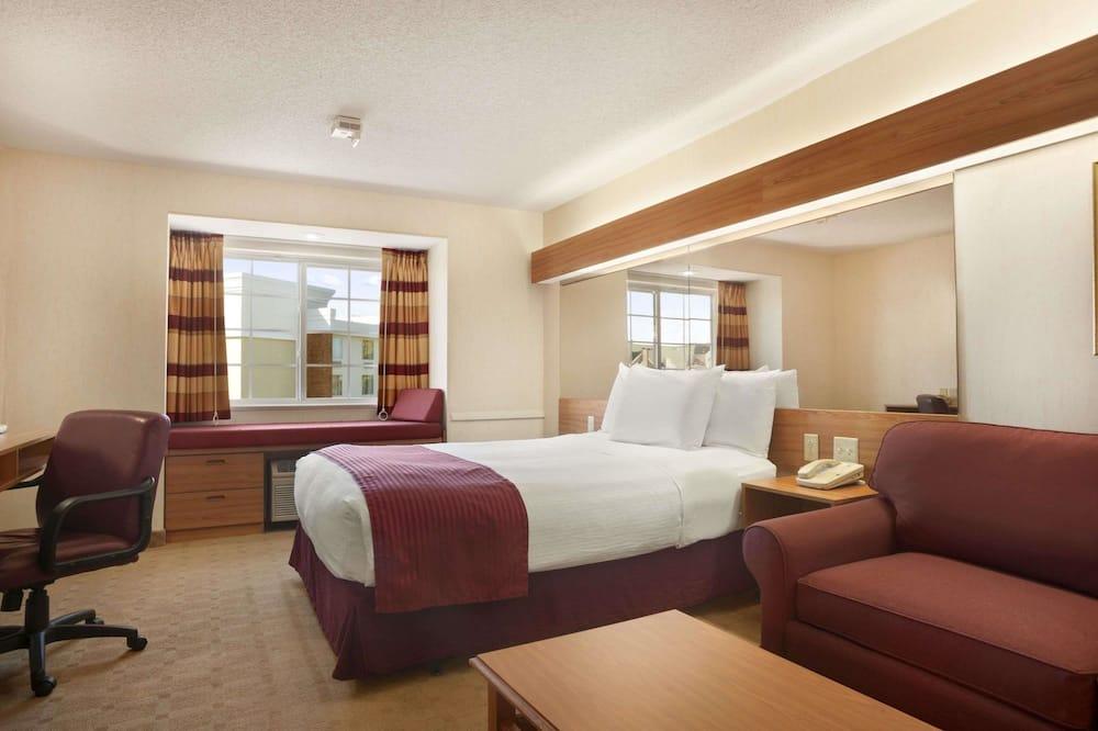 Studiosuite, 1 kingsize-seng med sovesofa, handikappvennlig, ikke-røyk (Mobility) - Gjesterom
