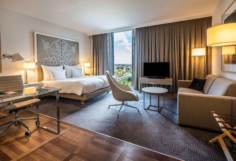 Clarion Hotel Copenhagen Airport, Kastrup, Deluxe Room, 1 Double Bed, Non Smoking, Guest Room
