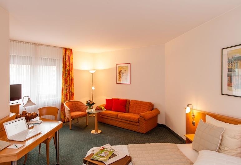 Hotel Panorama Hamburg-Billstedt, Hamburg, Double or Twin Room, Living Area