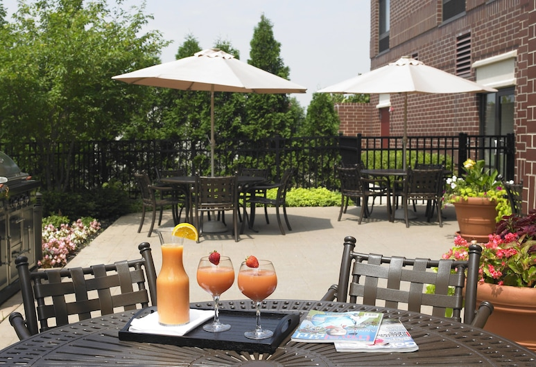 Springhill Suites By Marriott Chicago Lincolnshire, Lincolnshire, Teres/Laman Dalam