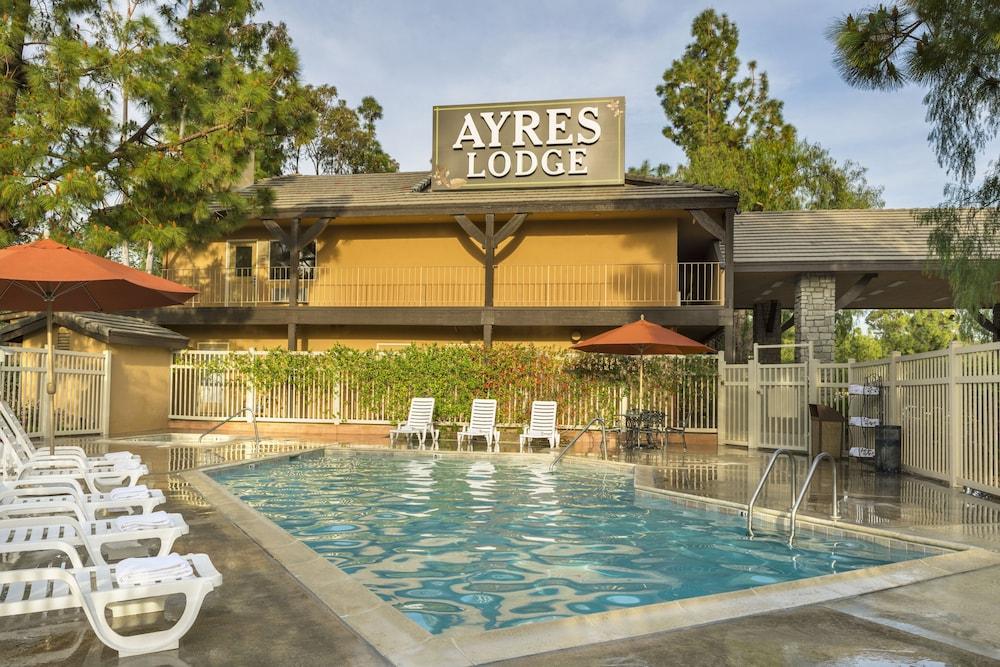 Ayres Lodge Alpine Outdoor Pool