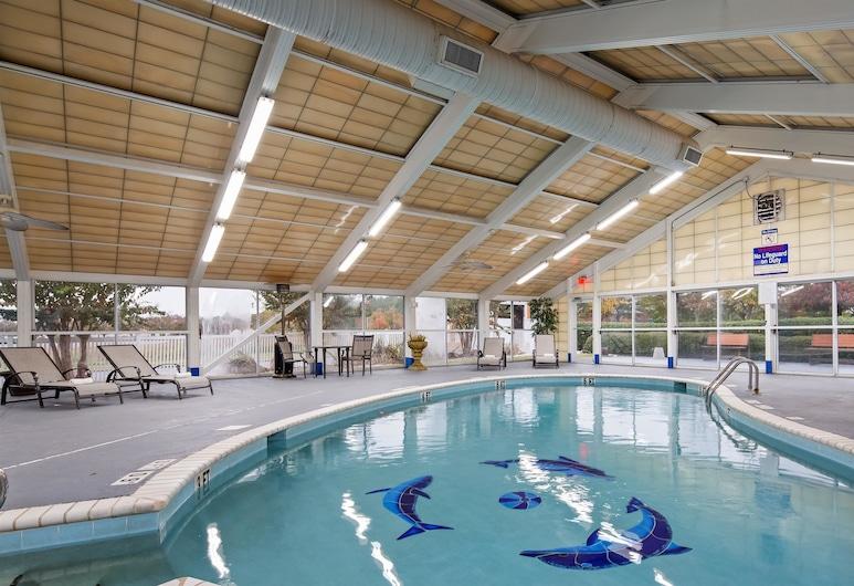 Best Western Plus Carlton Suites, Бірмінгем, Критий басейн