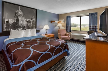 Picture of Super 8 by Wyndham Iowa City/Coralville in Coralville