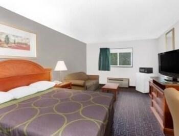 Introduce las fechas para ver los descuentos de hoteles en Fort Madison