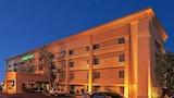 Choose This La Quinta Inn Hotel in El Paso - Online Room Reservations