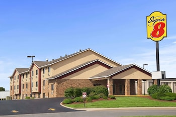 Picture of Super 8 by Wyndham Collinsville St. Louis in Collinsville