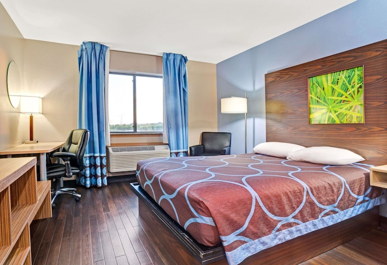 Super 8 by Wyndham Louisville Airport, Louisville, Room, 1 Queen Bed, Accessible, Non Smoking (Mobility Accessible), Guest Room
