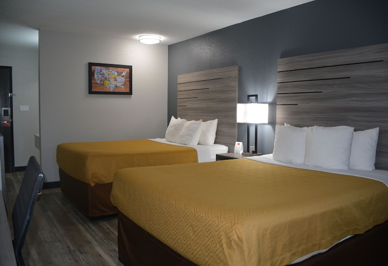 Econo Lodge Inn & Suites - Des Moines/Merle Hays Road, Des Moines, Standard Room, 2 Queen Beds, Non Smoking, Guest Room