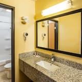 Kamer, 1 queensize bed, Toegankelijk voor mindervaliden, niet-roken - Badkamer