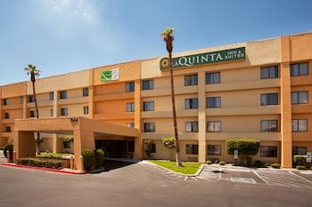 Choose This 2 Star Hotel In El Paso
