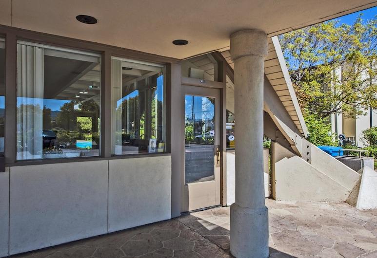 Good Nite Inn - Redwood City, Redwood City, Hotel Entrance