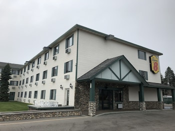 Picture of Super 8 by Wyndham Coeur d'Alene in Coeur d'Alene