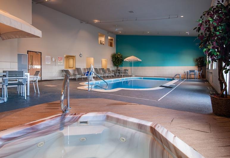 Best Western Plus University Park Inn & Suites, Ames, Piscine