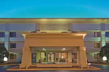 Picture of La Quinta Inn & Suites Meridian in Meridian