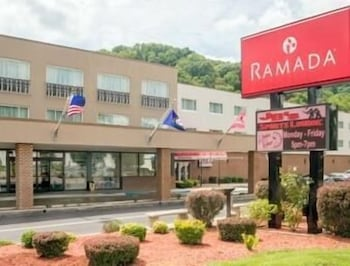 Ramada Paintsville Hotel and Conference Center, Paintsville